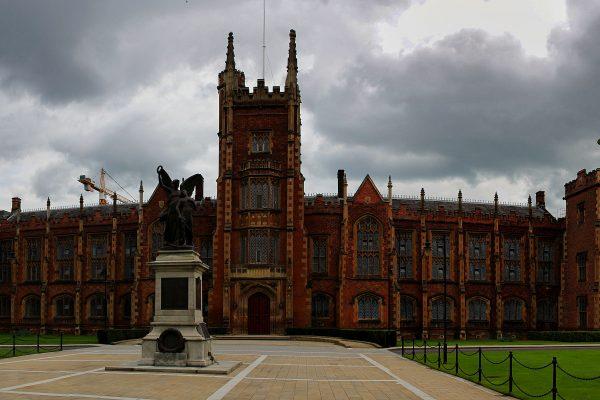 panorama_queens_university